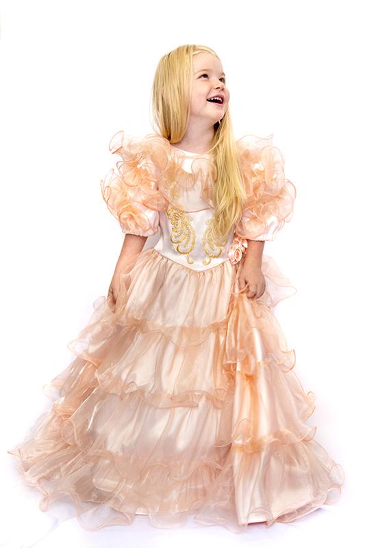 Hamvas barack hercegnő jelmez